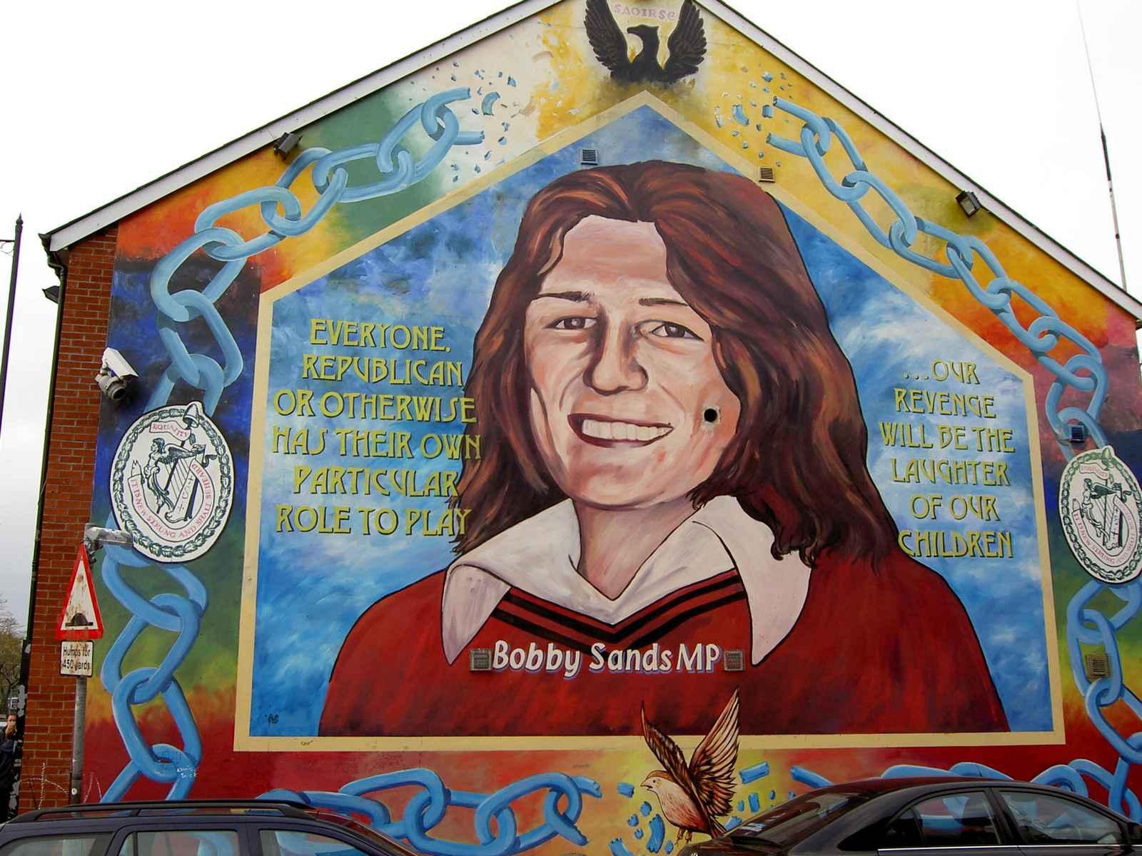 Bobby_sands_mural_in_belfast320