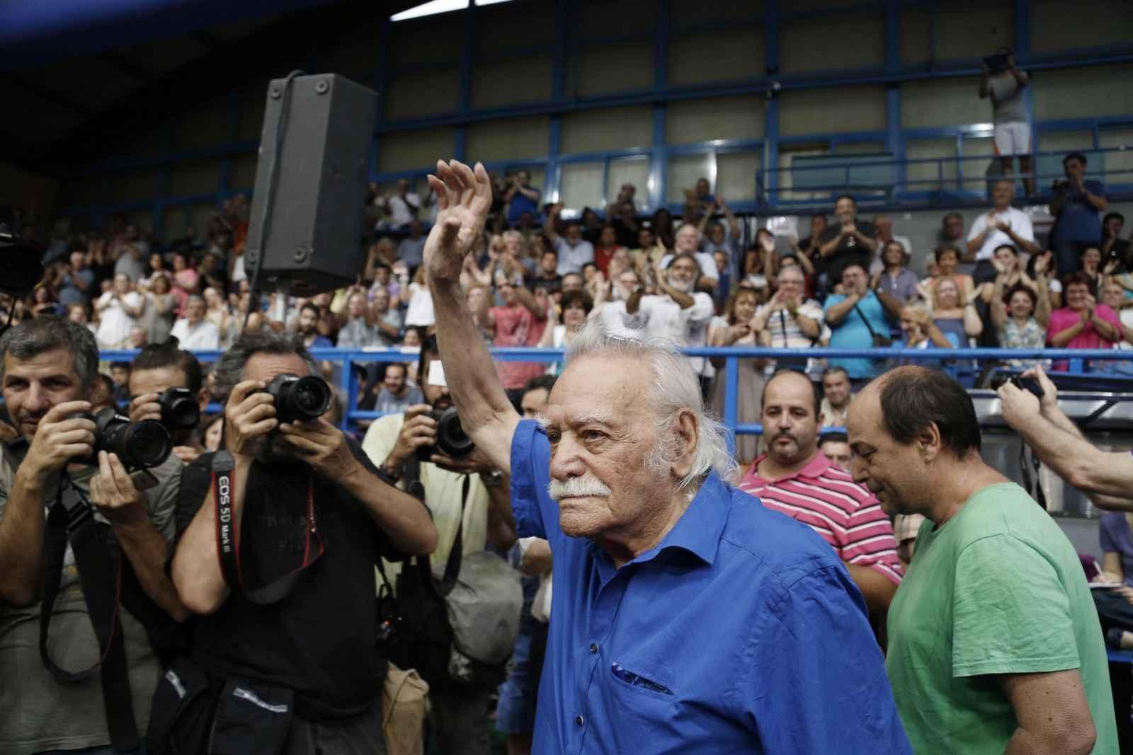 ΑΘΗΝΑ-Ομιλία του Π.Λαφαζάνη σε συγκέντρωση της Αριστερής Πλατφόρμας στο Πανελλήνιο .(Eurokinissi-ΣΤΕΛΙΟΣ ΜΙΣΙΝΑΣ)