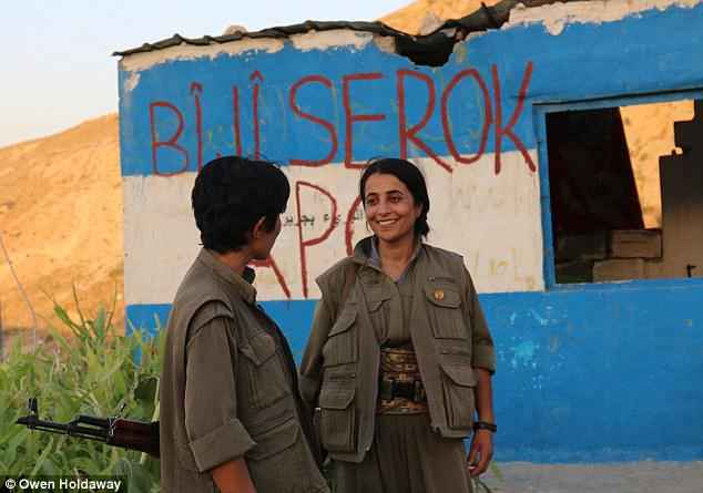 2CA34E8A00000578-0-Force_for_good_The_women_who_belong_to_the_PKK_the_Kurdistan_Wor-a-21_1442928767706