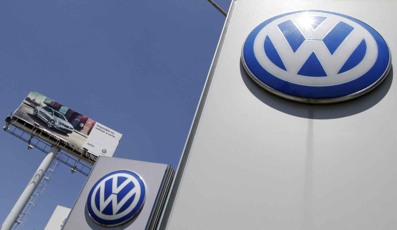 The logo of German carmaker Volkswagen is seen at the Volkswagen (VW) automobile manufacturing plant in Puebla near Mexico City September 23, 2015. Mexico is checking to see if Volkswagen has complied with its emissions standards and will act if it finds anomalies, Mexico's environment minister Rafael Pacchiano said on Wednesday. Volkswagen, the world's biggest carmaker, has admitted to U.S. regulators that it programmed computers in its cars to detect when they were being tested and alter the running of their diesel engines to conceal their true emissions. REUTERS/Imelda Medina