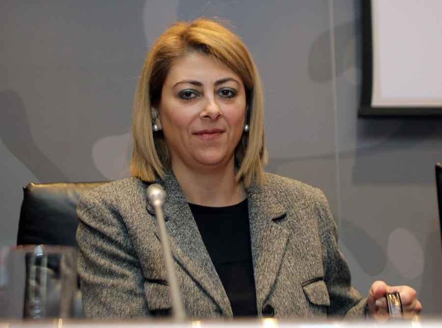 Η γενική γραμματέας Δημοσίων Εσόδων Αικατερίνη Σαββαΐδου στην ενημερωτική εκδήλωση - ανοιχτή συζήτηση - με θέμα: «Νέα ρύθμιση για την αποπληρωμή των ληξιπρόθεσμων χρεών των επιχειρήσεων προς το Δημόσιο και τα Ασφαλιστικά Ταμεία» , που συνδιοργάνωσαν η Κεντρική Ένωση Επιμελητηρίων Ελλάδος (ΚΕΕΕ), η Ελληνική Συνομοσπονδία Εμπορίου και Επιχειρηματικότητας (ΕΣΕΕ) και η Γενική Συνομοσπονδία Επαγγελματιών Βιοτεχνών Εμπόρων Ελλάδας (ΓΣΕΒΕΕ) στο ΕΒΕΑ, Αθήνα, την Τετάρτη 12 Νοεμβρίου 2014. ΑΠΕ-ΜΠΕ/ΑΠΕ-ΜΠΕ/ΣΥΜΕΛΑ ΠΑΝΤΖΑΡΤΖΗ