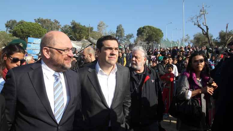 katastimatarxes-sti-lesbo-apodokimasan-tsipra---soults.w_l