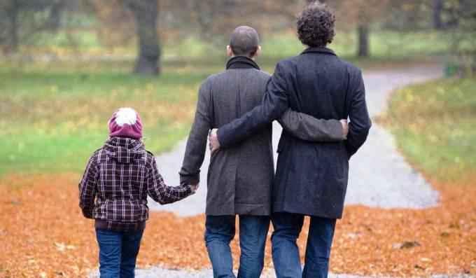 gay-adoption__article