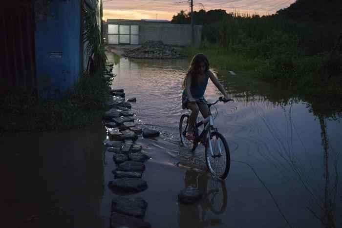 bicycle-girl-brazil