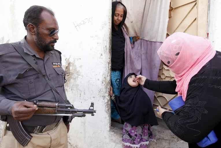 gun-child-war