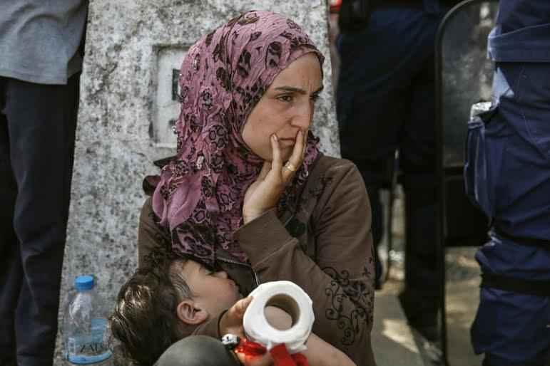 refugee-mother