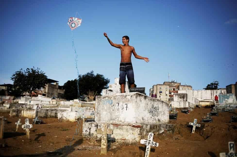 favela-kite