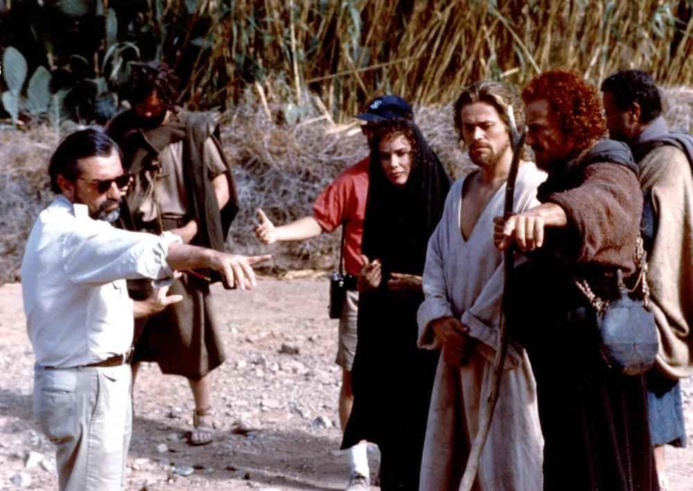 THE LAST TEMPTATION OF CHRIST, Martin Scorsese directing Brabra Hershey, Willem Dafoe, Harvey Keitel, 1988