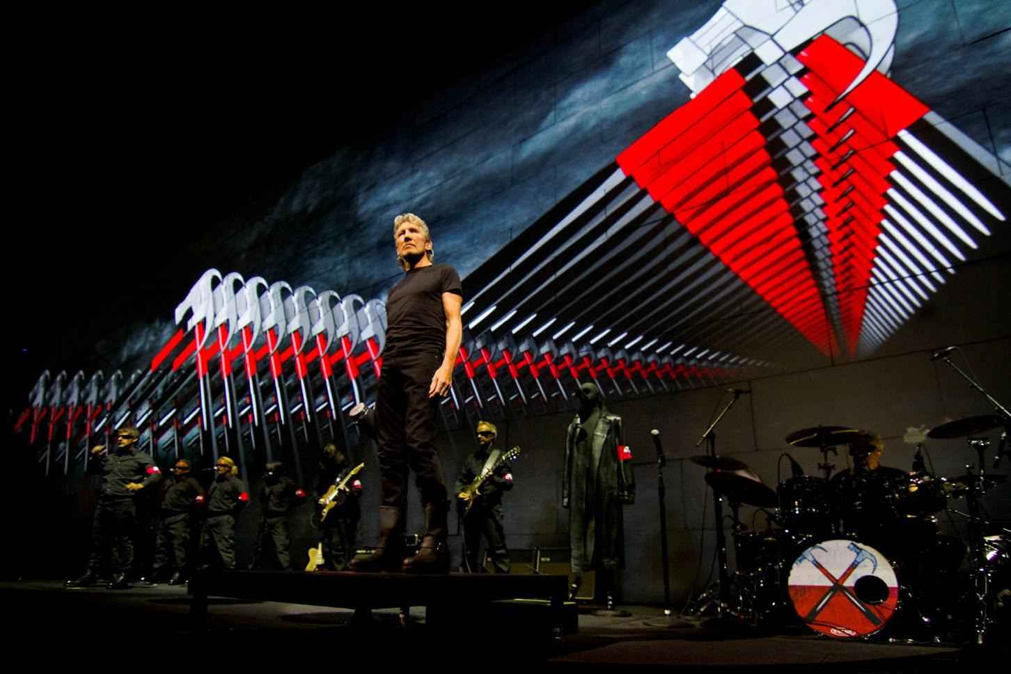 roger-waters2