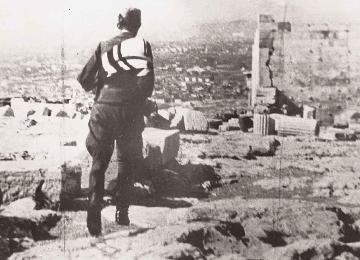 apeleftherosi_1944_akropoli